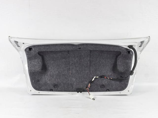 Крышка багажника белая в сборе с обшивкой, с замком, с камерой, с молдингом (Б/У) для MITSUBISHI LANCER X