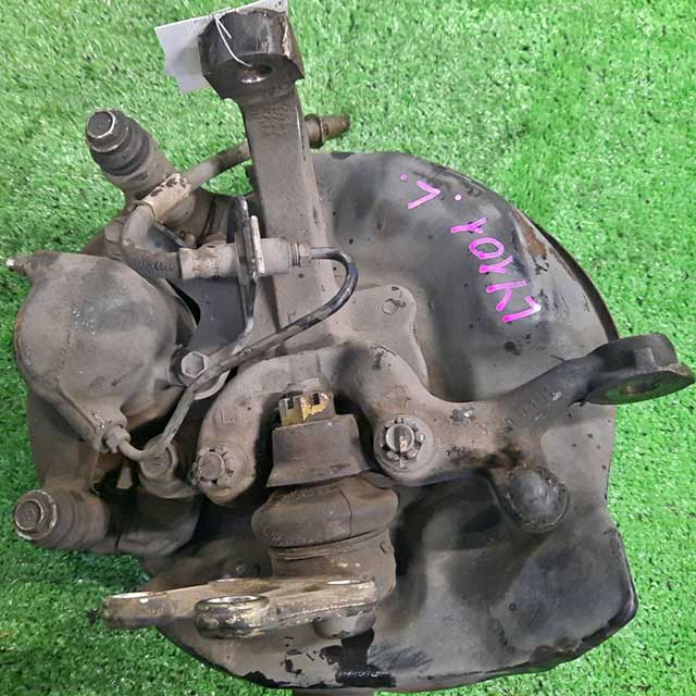 Кулак поворотный левый в сборе со ступицей, диск, суппорт 2WD (Б/У) для TOYOTA DYNA VI U100 / U200 1995-2002
