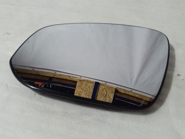 Стекло бокового зеркала левого с подогревом, круглое крепление Уценка 30% (мелкие царапины на поверхности зеркального элемента) (уценка) для TOYOTA RAV4 XA40 2013-2015