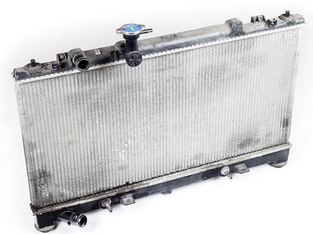 Радиатор охлаждения двигателя для а/м АКПП  L33315200A_BU