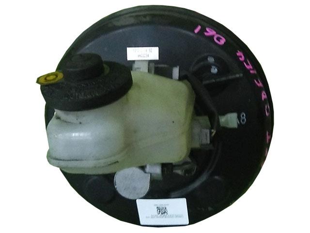 Цилиндр тормозной главный в сборе с вакуумным усилителем (Б/У) для TOYOTA AURIS E150 2006-2010