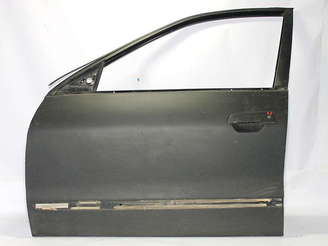 Дверь передняя левая черная (Б/У) для MITSUBISHI GALANT
