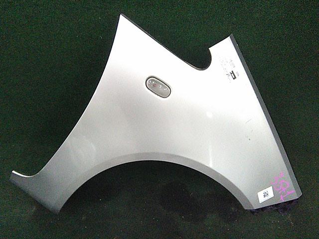 Крыло переднее правое серое с повторителем, с кронштейном (Б/У) для MITSUBISHI COLT VI Z30 2003-2007