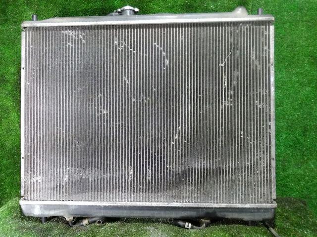 Радиатор охлаждения в сборе с диффузором (Б/У) для MITSUBISHI PAJERO / MONTERO III