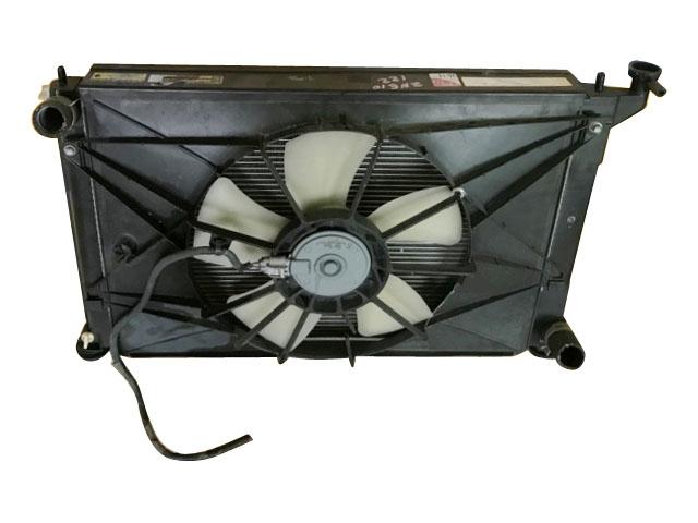 Радиатор охлаждения в сборе с диффузором и моторчиком (Б/У) для TOYOTA WISH XE10 2003-2009