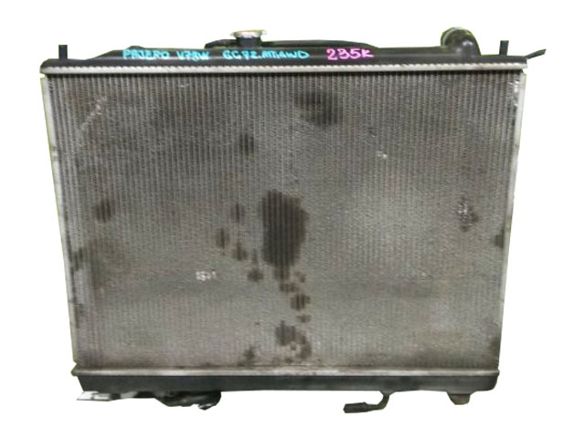 Радиатор охлаждения в сборе с диффузором, 4WD АКПП (Б/У) для MITSUBISHI PAJERO / MONTERO III