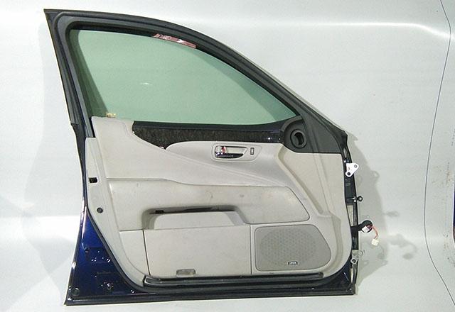 Дверь передняя левая синяя в сборе (Б/У) для LEXUS LS IV 460/600H F40 2006-2017