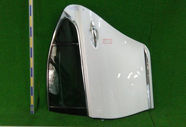 Дверь задняя левая белая в сборе с молдингом (Б/У) для LEXUS LS IV 460/600H F40 2006-2017