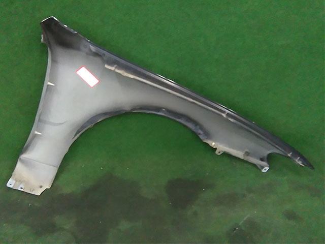 Крыло переднее левое черное (Б/У) для MAZDA CAPELLA GF / GW 1997-2002