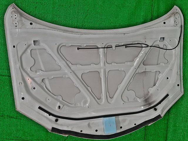 Капот белый (Б/У) для MAZDA 3 BK 2003-2009