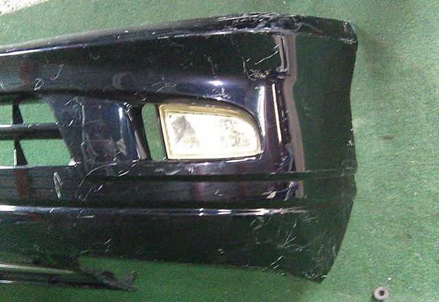 Бампер передний черный в сборе с ПТФ (Б/У) для TOYOTA ESTIMA R30 / R40 2000-2006