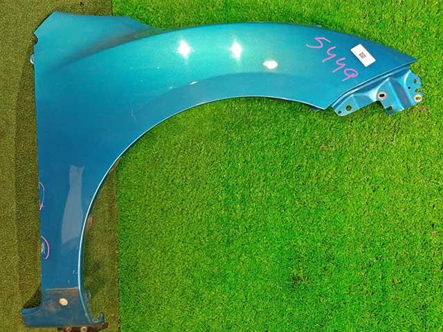 Крыло переднее правое синее под порог (потертости)  BBY45211Y_BU