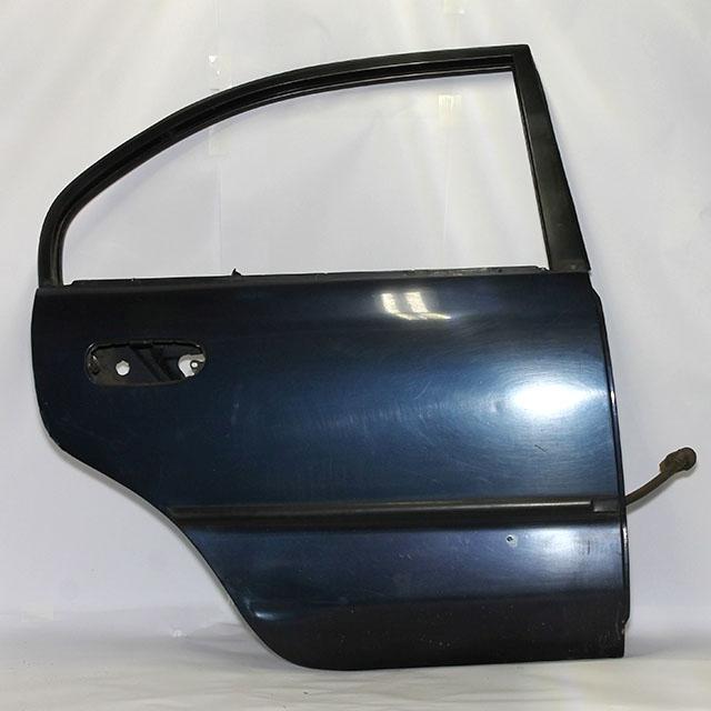 Дверь задняя правая синяя (Б/У) для MITSUBISHI CARISMA