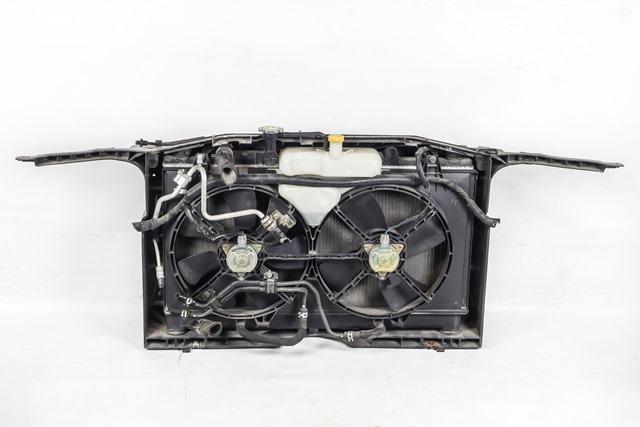 Суппорт радиатора (передняя панель/телевизор) с радиаторами, дуффузором и бачком, 2WD АКПП  LF2115200_2BU