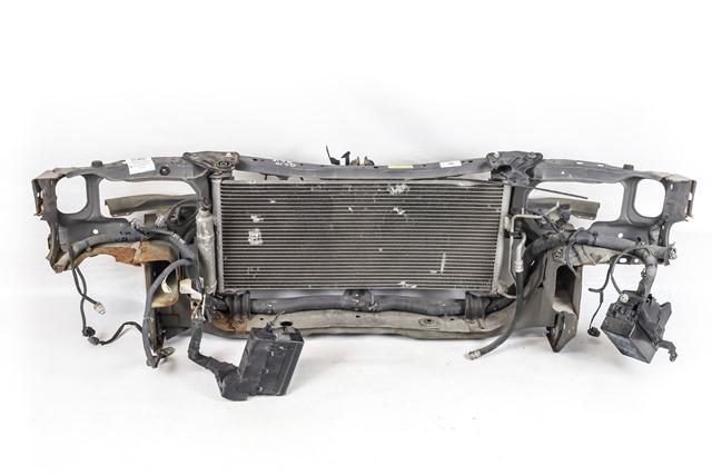 Суппорт радиатора (передняя панель/телевизор) с радиатором кондиционера и усилителем (Б/У) для NISSAN BLUEBIRD SYLPHY I G10 2000-2005