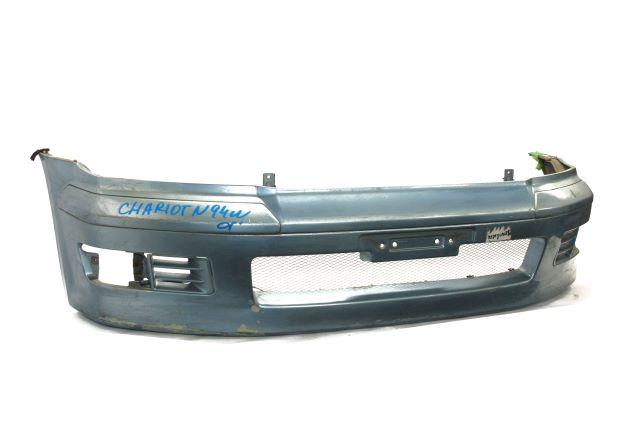 Бампер передний голубой с верхним усилителем (Б/У) для MITSUBISHI SPACE WAGON / CHARIOT GRANDIS N94W 1997-2002