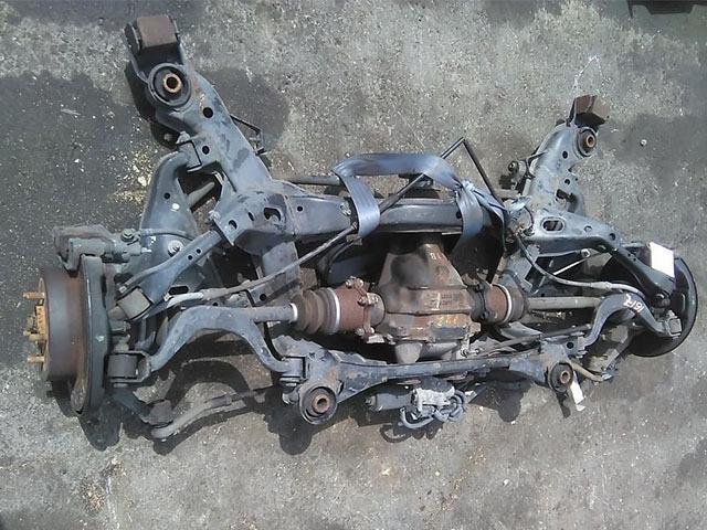 Балка (подрамник) задняя в сборе с дисками, рычагами, кулаками, приводами и суппортами тормозными, 2WD АКПП (Б/У) для NISSAN CEDRIC IX Y33 1995-1999