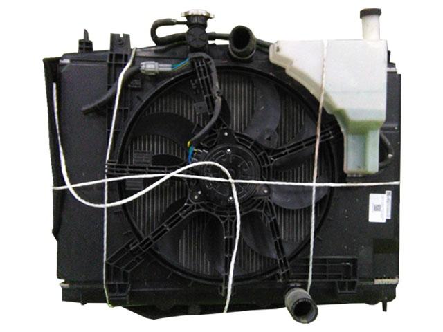 Радиатор охлаждения в сборе с диффузором, моторчиком и расширительным бачком (Б/У) для NISSAN CUBE III Z12 2008-2020