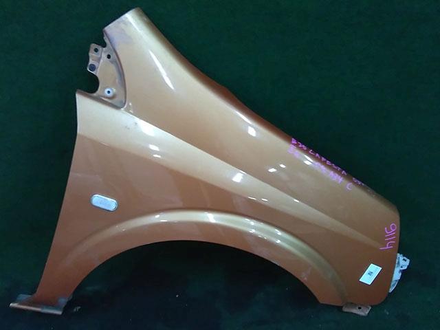 Крыло переднее правое оранжевое с повторителем, с кронштейном  63100EN033_1BU